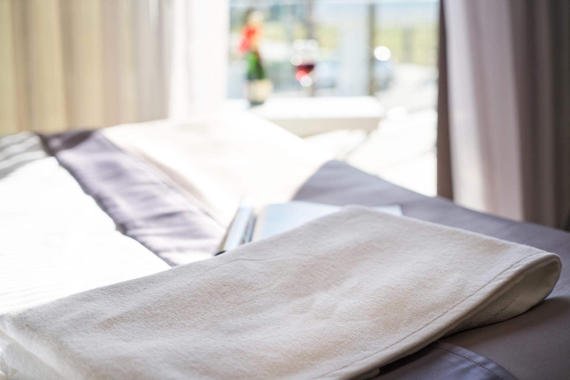 למה חשוב לשים לב כשבוחרים מיטת טיפולים לקליניקה?