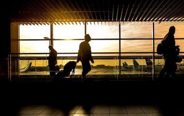 מוניות הדר לוד: איך בוחרים מוניות לשדה התעופה