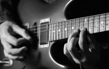 איך למצוא גיטריסט לאירועים?