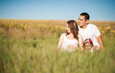 5 רעיונות מקוריים לצילומי משפחה יצירתיים