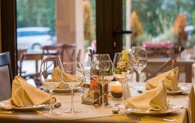 ארוחות עסקיות בחיפה – משתלם לאכול בנמל!