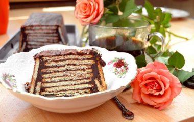 עוגת ביסקוויטים – הדובדבן של העוגות