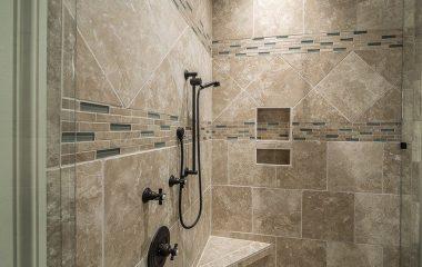 איך בוחרים מקלחון לאמבטיה?