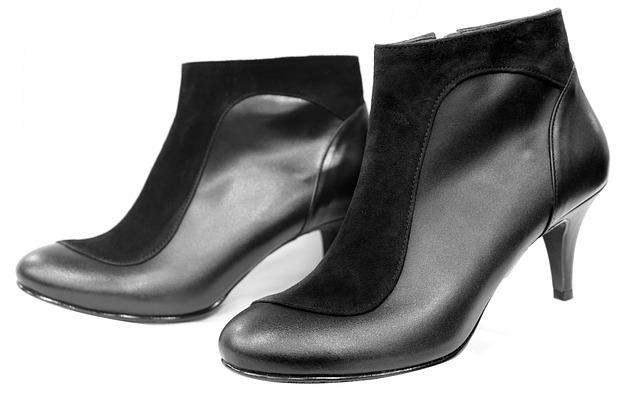 איך תקני נעליים אונליין מבלי להתבאס?