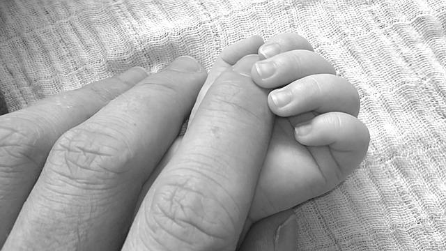 מגן אצבעות – לשמור על אצבעות ילדיכם