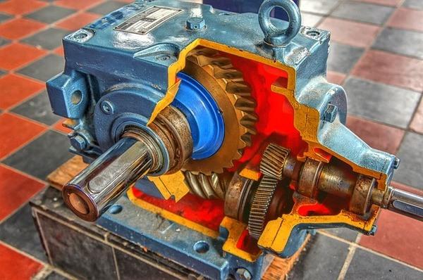סקירת המנועים השטוחים הקיימים בשוק