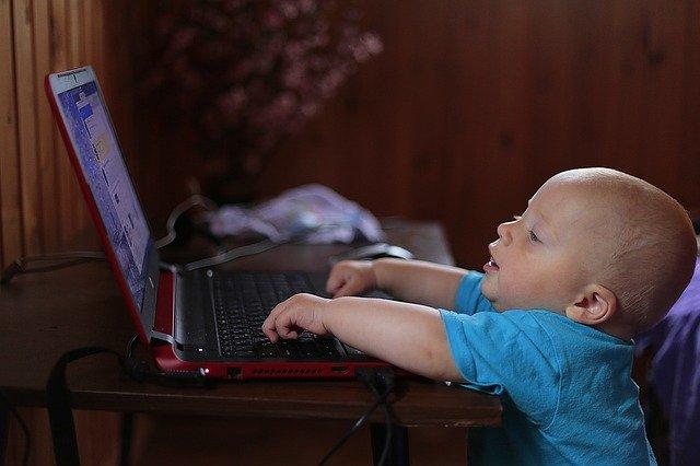 איך לימודי מחשבים יתרמו לילדכם בעתיד