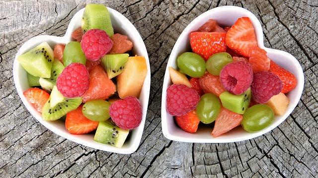 פלטת פירות – הפתרון המושלם לאירוח