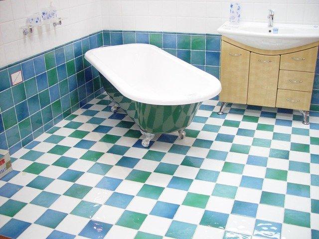 אריחי אמבטיה מעוצבים