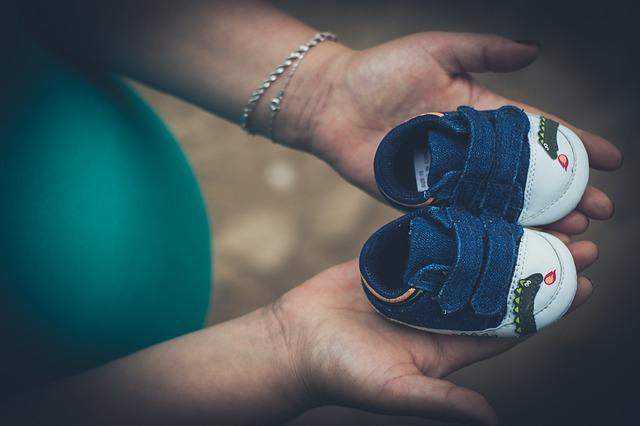 למה חשוב לשים לב כשקונים סנדל לתינוק?